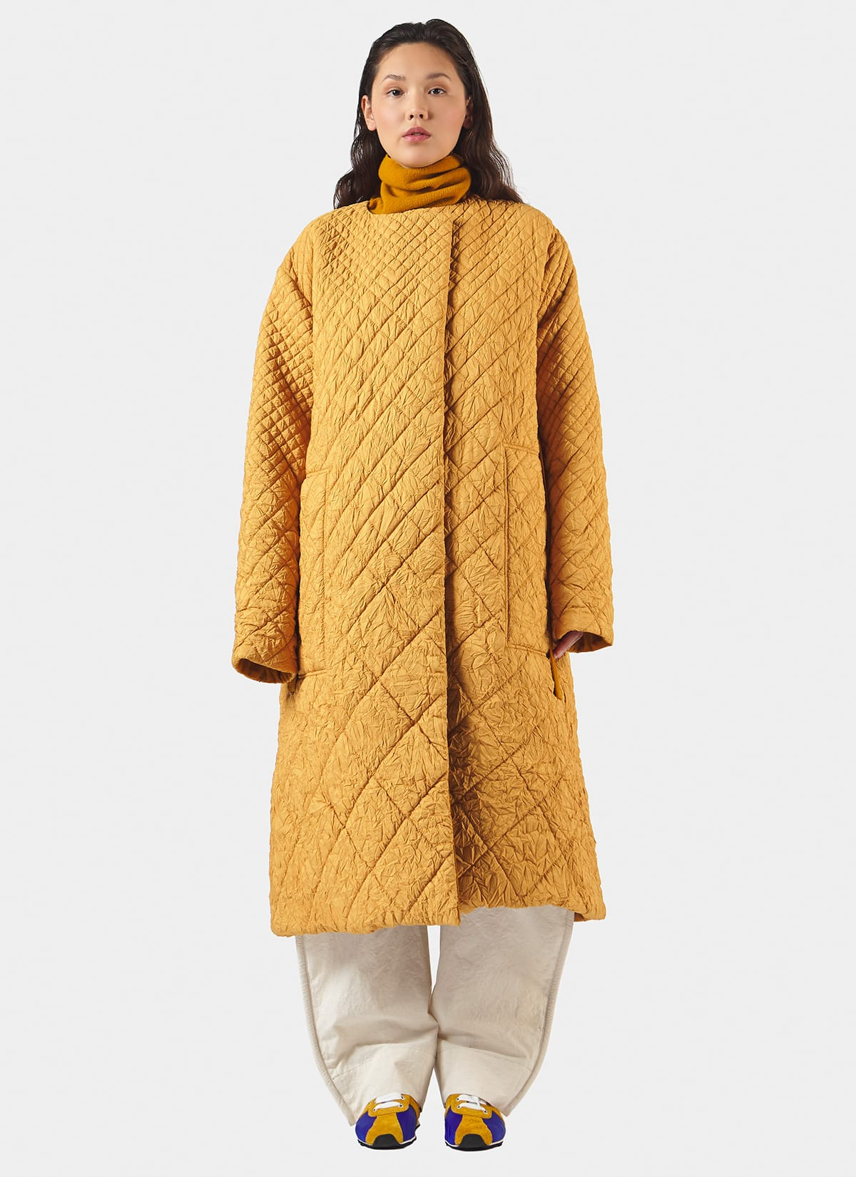 Clercy Wrinkled Quilted Coat_Front
